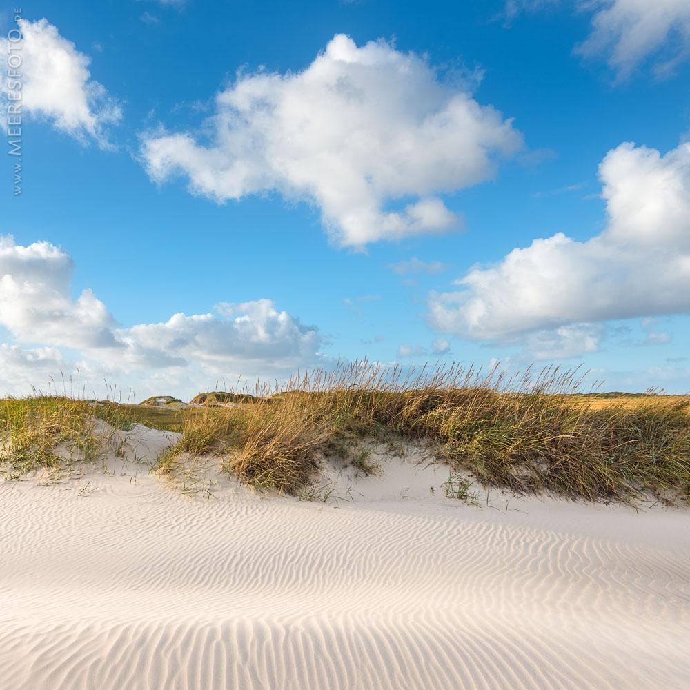 Wolken-Dünen-Sand